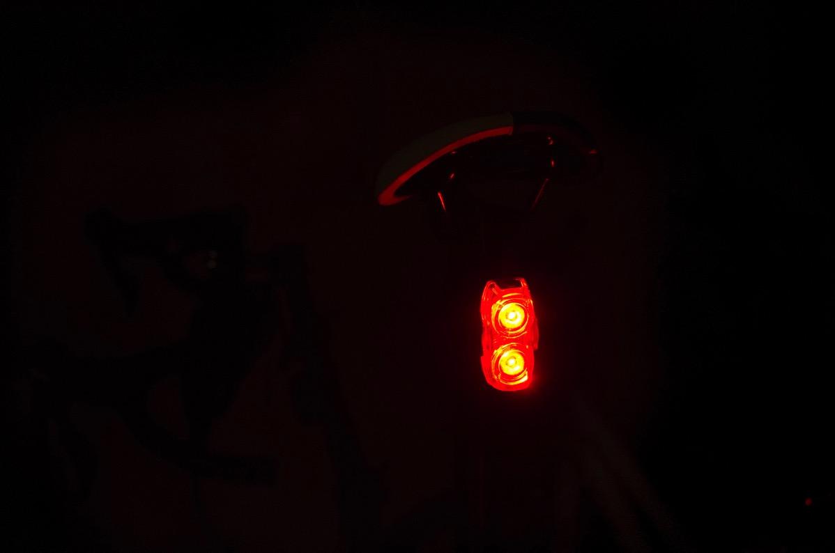 リアライトが突然消えるということで新しいライトLighting EVERを購入した!