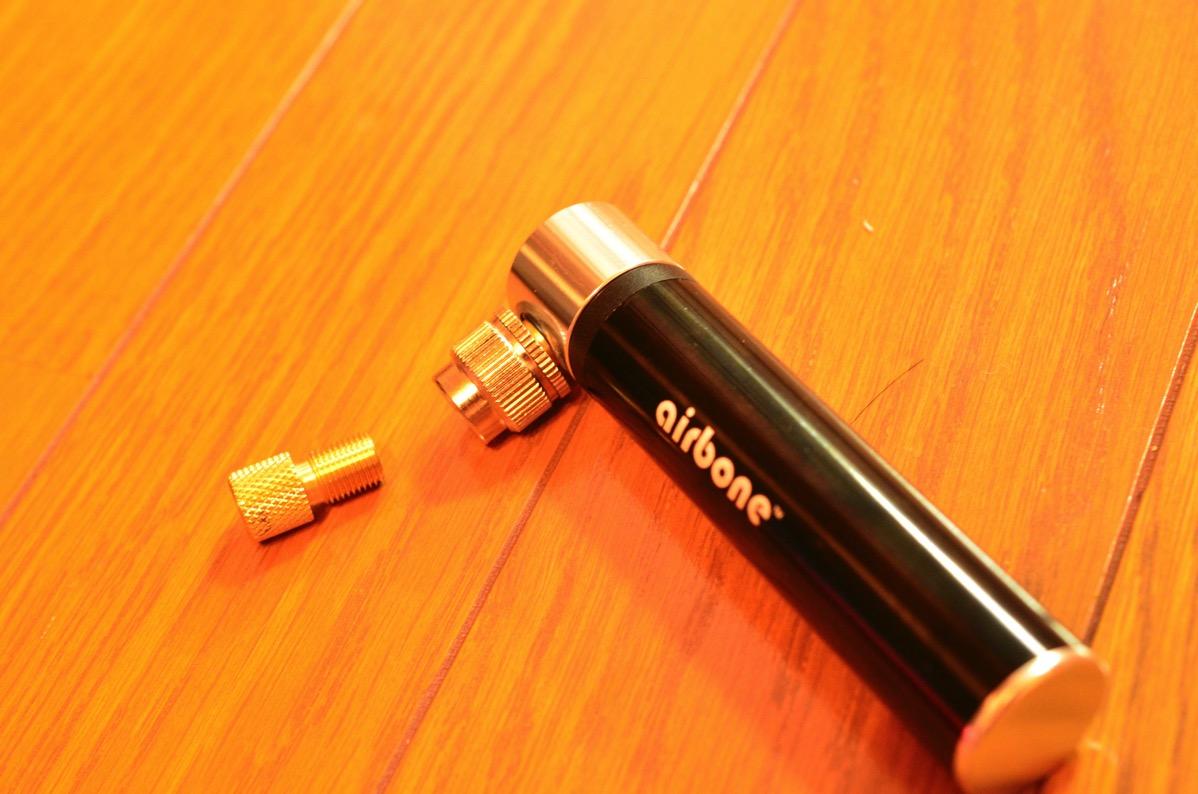 超軽量の携帯用空気入れairboneを購入してみた