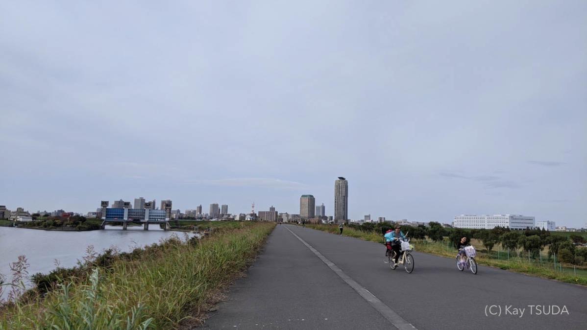 Sumida river cycling 9