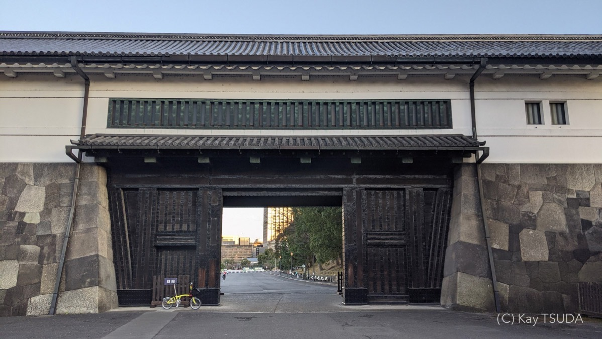 A trip around the imperial palace in 2021 2